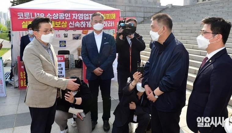 지난달 26일, 서울 여의도 국회 찾은 황교안 전 국민의힘 대표 ⓒ고성준 기자