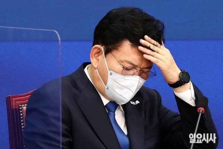 고민에 빠진 송영길 더불어민주당 대표 ⓒ박성원 기자